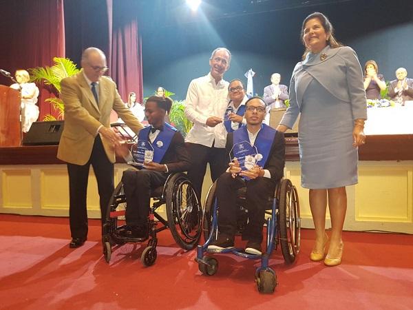 CENAPEC gradúa bachilleres en Santo Domingo y finaliza jornada a nivel nacional