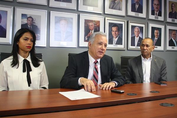 Industriales dominicanos denuncian