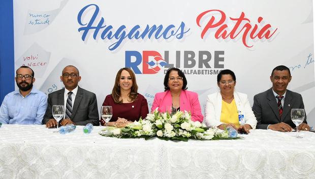 Digepep y la UASD consolidan acciones para reducir analfabetismo en República Dominicana