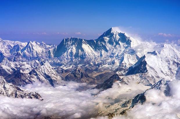 La fusión en el Himalaya de sus glaciares liberan la polución atrapada hace décadas