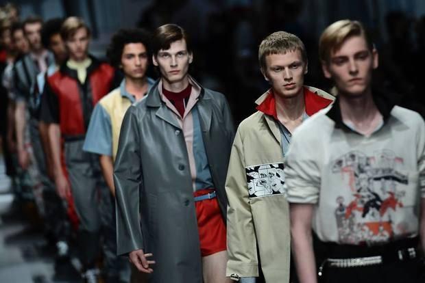 El hombre de Prada se viste de cómic en Milán