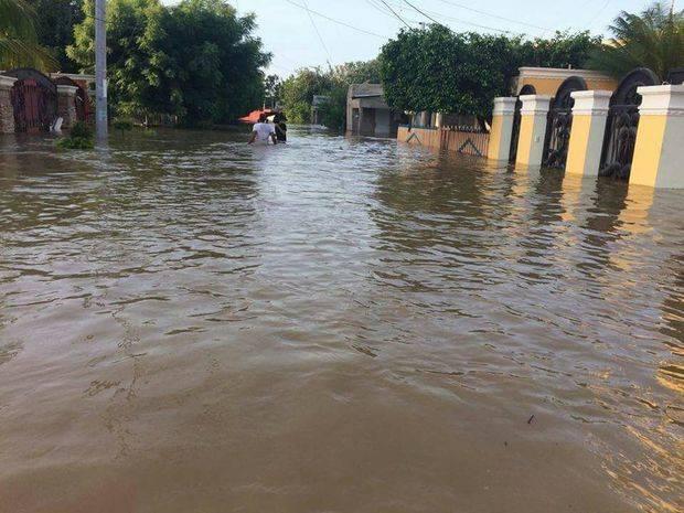 Ministerio de Salud interviene zonas inundadas con grupos de respuesta rápida