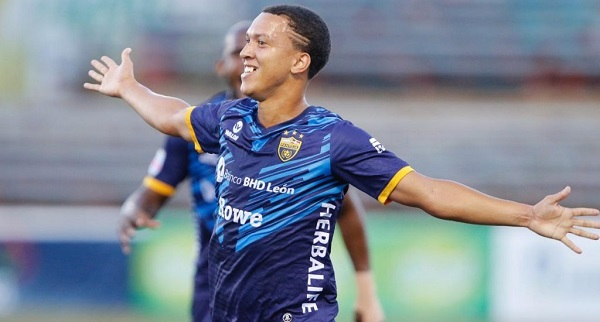 Dos goles de López da triunfo al Atlético Pantoja sobre Cibao FC en la Liguilla