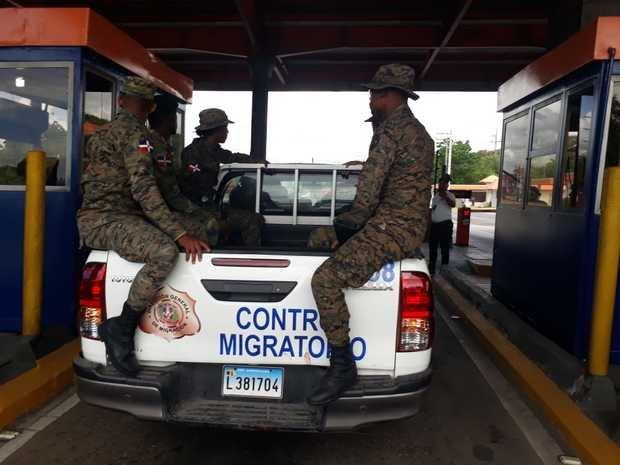 Brigada de Migración.