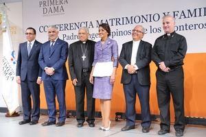 Despacho de la Primera Dama auspició la conferencia Matrimonio y Familia.