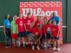 Atletas de las Olimpiadas Especiales en Tenis