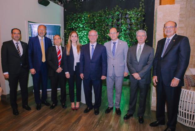 Banco Lafise realiza encuentro en la ciudad de Santiago