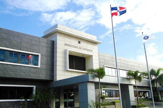 Ministerio de Hacienda transfiere 2,347.5 millones de pesos a empleados privados