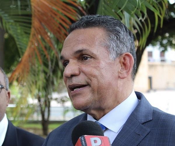 Ventura Camejo propone diálogo entre Fernández, Medina y el Comité Político del PLD