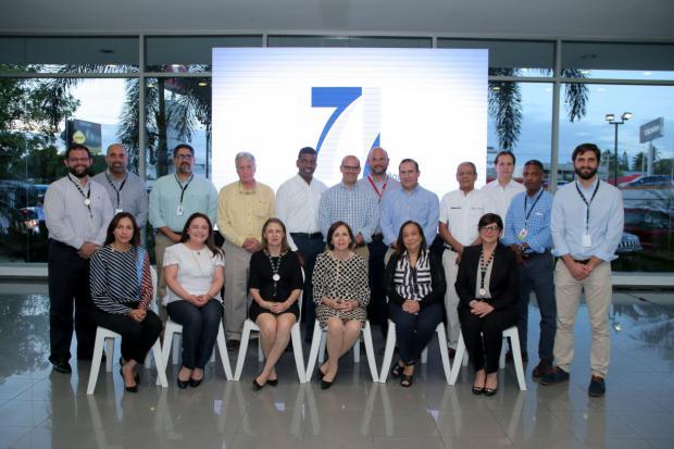 Reid & Compañía celebra 71 aniversario junto a sus colaboradores