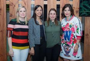 Mónica Cuadra, Massiel Menéndez, Ana Isabel Cuadra y Ivette Noel de Cuadra.