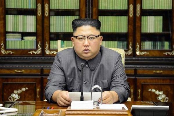 Enviado norcoreano entrega a Raúl Castro un mensaje de Kim Jong-un