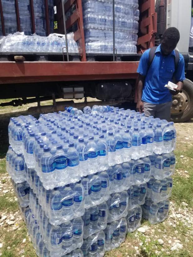 Fundación Coca-Cola concedió 1 millón de dólares a CARE y World Vision para ayudar a Haití