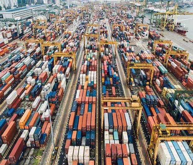 """AMCHAMDR celebra Desayuno Panel """"Trade Trends: Tendencias y Avances de Comercio Exterior"""""""