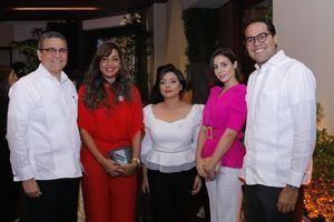 César Villanueva, Angely Baez, Gina Almonte, María Alejandra Guzmán, César Danilo Villanueva.