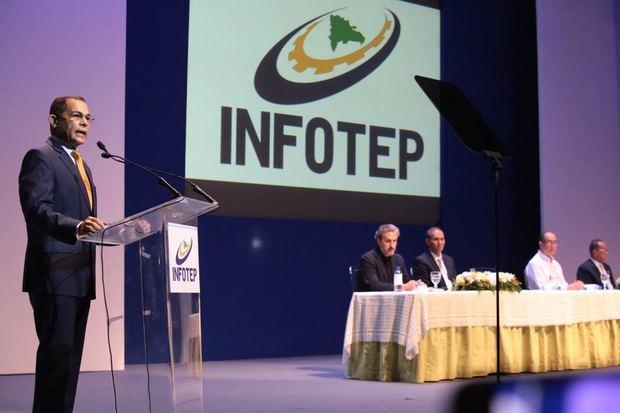 Director general del INFOTEP, Rafael Ovalles.