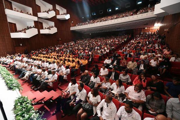 Público asistente a la conferencia.