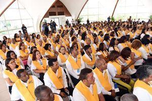 344 personas recibieron sus certificados.
