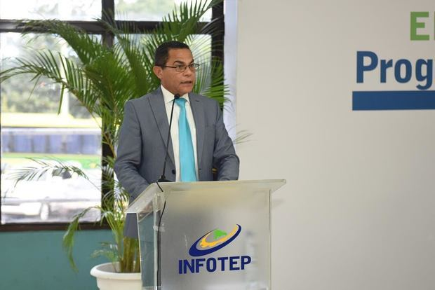 El INFOTEP adiestra 1,061 participantes para sector zonas francas