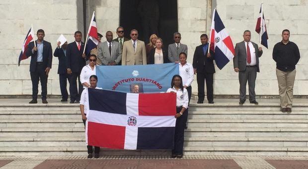 Instituto Duartiano conmemora fallecimiento del patricio Juan Pablo Duarte