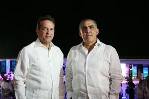 Ito Bisono y Francisco Pérez.