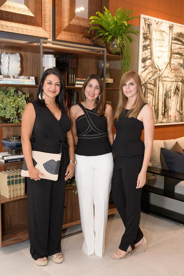Ivette Medina, Laura Gamundi y Giselle Mustonen.