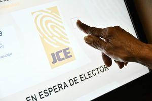 Entrenamiento que está ofreciendo la Junta Central Electoral (JCE), en las diferentes instalaciones del Conape.