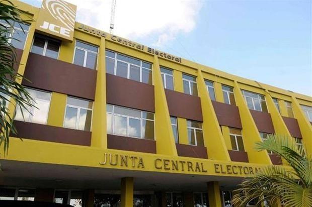La JCE designa a Johnny Marcelo Rivera Báez como director de Informática