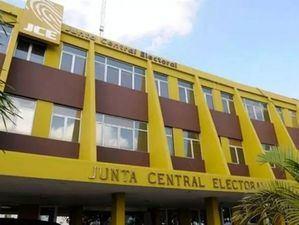 JCE rechaza pedido del PLD de debatir posiciones en las boletas electorales.