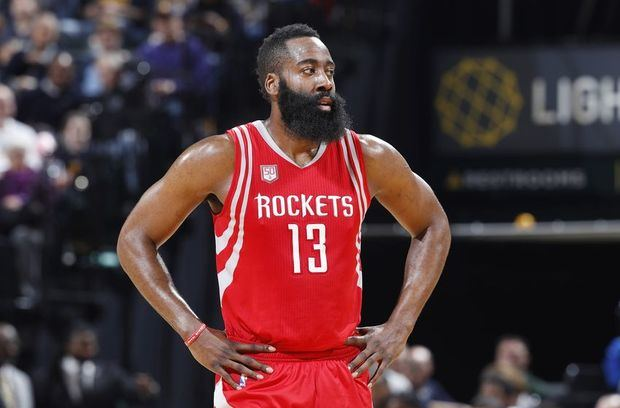 Harden dona más de 240 mil dólares para restaurar canchas baloncesto en Houston