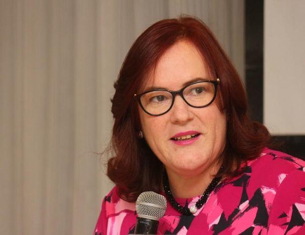 Janet Camilo, Ministra de la Mujer de República Dominicana y presidenta de la Comisión Interamericana de Mujeres de la Organización de Estados Americanos, CIM-OEA.