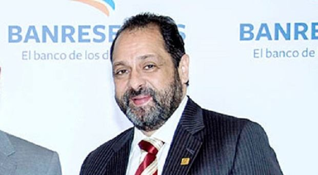 Subadministrador de Negocios Gubernamentales de Banreservas anuncia dimisión