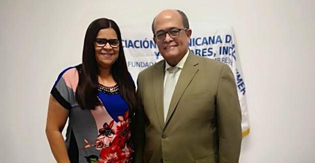 """El doctor José Silié Ruiz dicta conferencia """"El Alzheimer, su modernidad"""""""