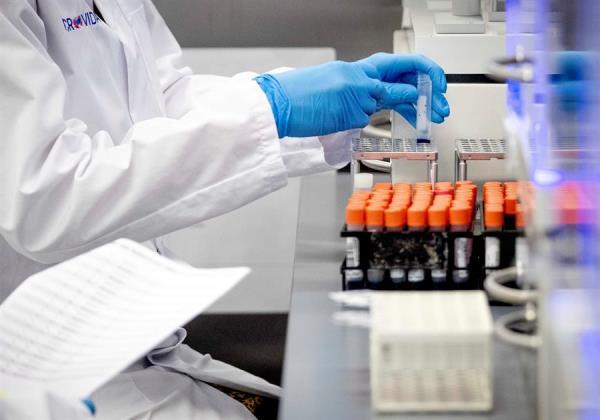 Cuba desarrolla su versión del antiviral Kaletra para tratar COVID-19