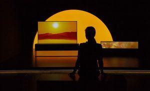 LG SIGNATUREO LED TVR