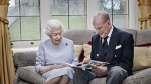 La reina Isabel II y el duque de Edimburgo, en el Castillo de Windsor.