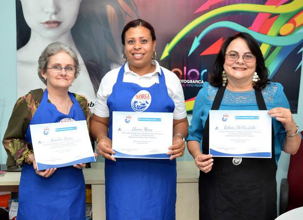Diario Hispaniola y Bacalao Noruego entregan Premios Concurso