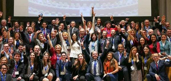 Líderes latinos