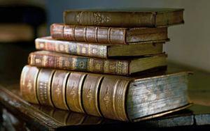 Biblioteca de Perú comparte sus joyas por Google y podcast en su bicentenario.