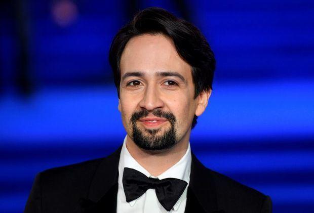 Lin-Manuel Miranda debuta en la Comic-Con de la mano de 'His Dark Materials'.
