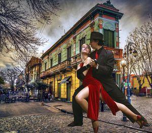 Lorena y Rolando en La Boca.