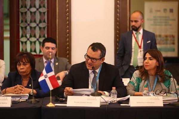 Los magistrados Rosario Graciano, Román Jáquez y Rafaelina Peralta, del TSE y la JCE, en reunión de la Unión Interamericana de Organismos Electorales