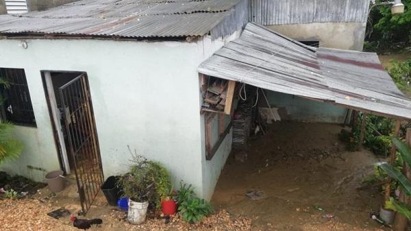 Desborde de río Lebrón y cañadas provocan inundaciones en barrios Los Alcarrizos