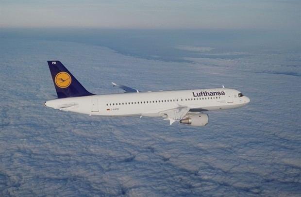 Suspensiones masivas de vuelos en todo el mundo por la crisis del Covid19