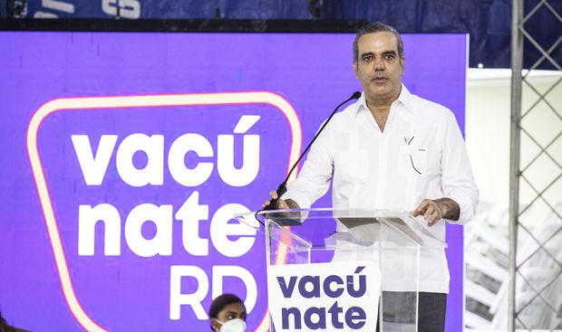 Gobierno inicia Plan Nacional de Vacunación contra el Covid-19 en el Hospital Militar Dr. Ramón de Lara