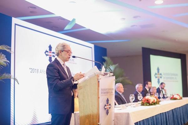 Presidente de ADOEXPO propone modelo de desarrollo impulsado por exportaciones