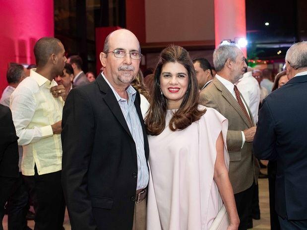 Luis Manuel Álvarez y Tamara Balbuena.