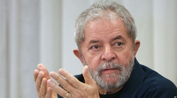 Dos encuestas ratifican a Lula como favorito para las elecciones aún en la cárcel