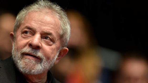 Entrega de Lula
