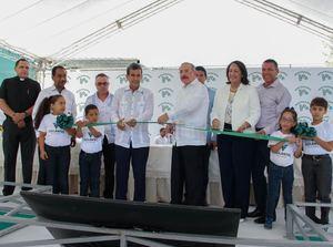 Inauguración de la primera planta de macadamia del país y El Caribe.